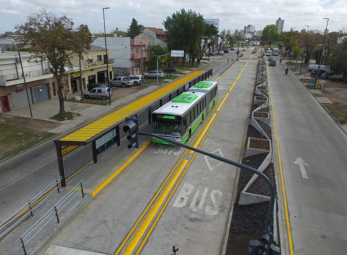 Metrobus Calchaquí (Quilmes)