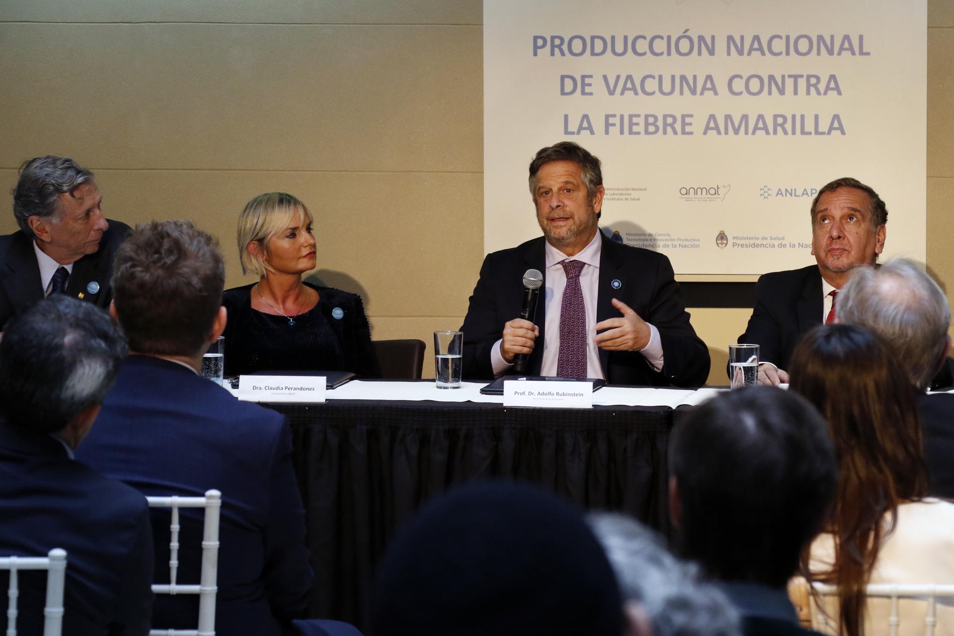 11-05-18 Rubinstein y Barañao convenio producción vacuna fiebre amarilla 2