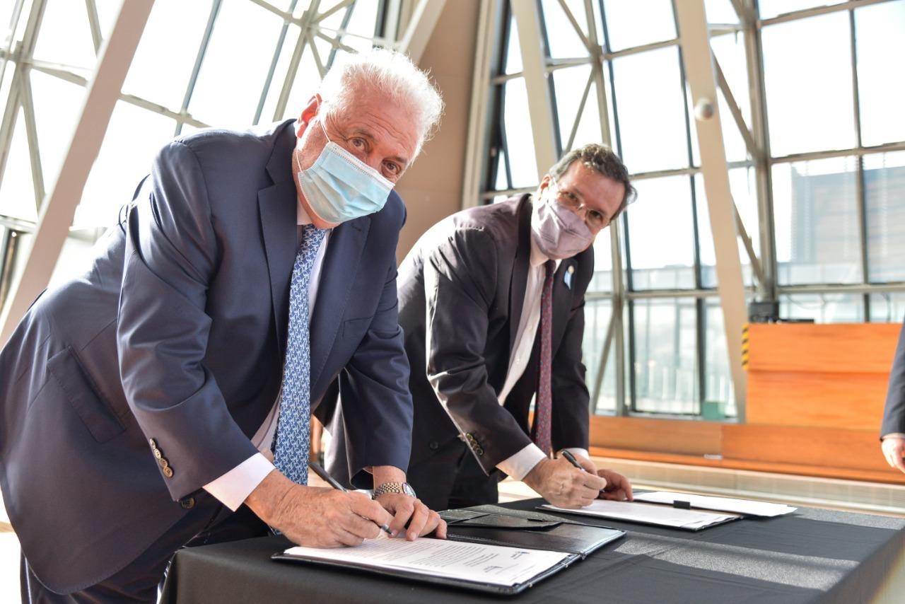 firma de convenio de cooperación