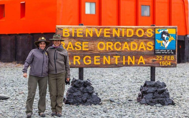Guardaparques Nacionales Carina Rivas y Lorena Ojeda
