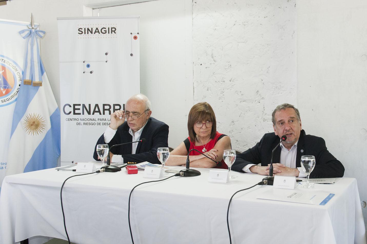 Resultado de imagen para Se firmó un convenio para la puesta en marcha del Centro Nacional para la reducción del riesgo de desastres
