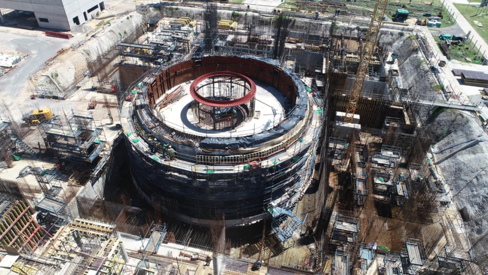 La construcción del reactor nuclear de potencia cien por ciento argentino