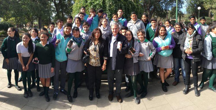 El ministro Andrés Ibarra inauguró la primer plaza con wifi público de Cerillos, a 20 kilómetros de la ciudad de Salta.