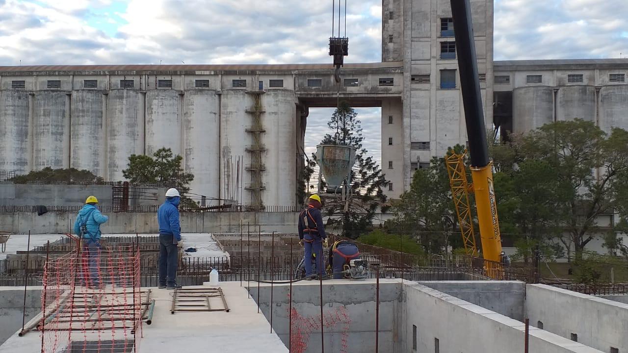 El Ministerio de Obras Públicas construye el Segundo Acueducto para el interior del Chaco