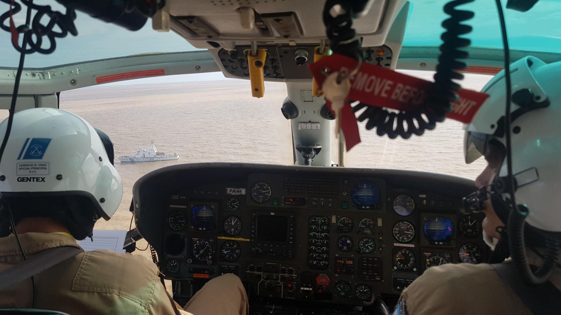 Cuarentena: Prefectura realizó un operativo aéreo de rastrillaje del Paraná