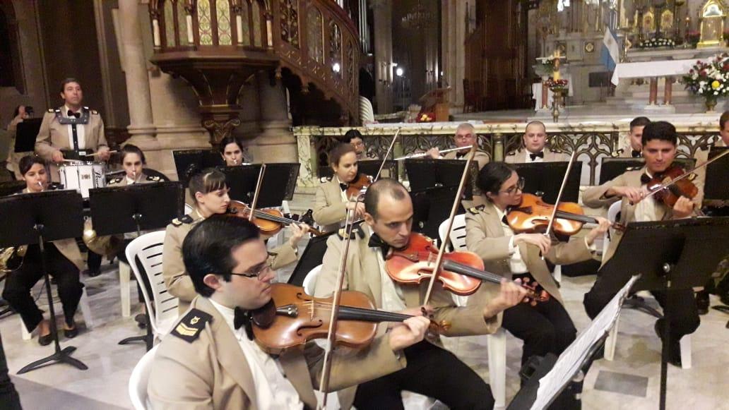 Resultado de imagen para orquesta sinfonica de la prefectura naval argentina