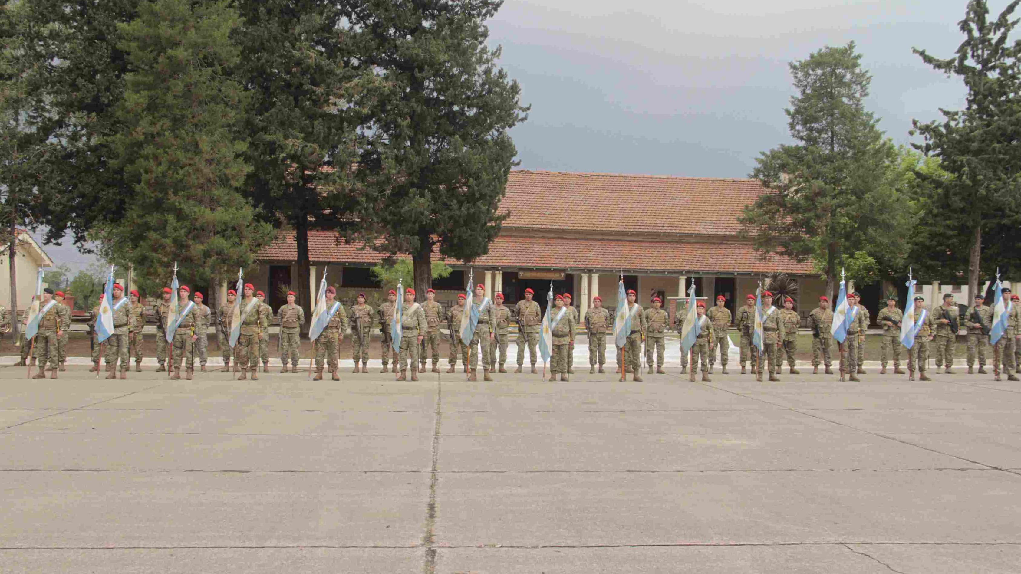 Resultado de imagen para tropas aerotransportadas argentinas